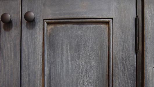 knott-cabinet-door